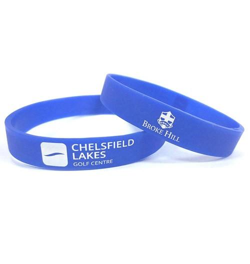 custom-printed-silicone-wristbands-500x528